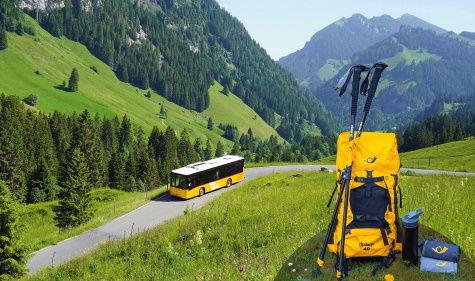 Sherpa Wanderset, PostAuto Tageskarte und mehr gewinnen